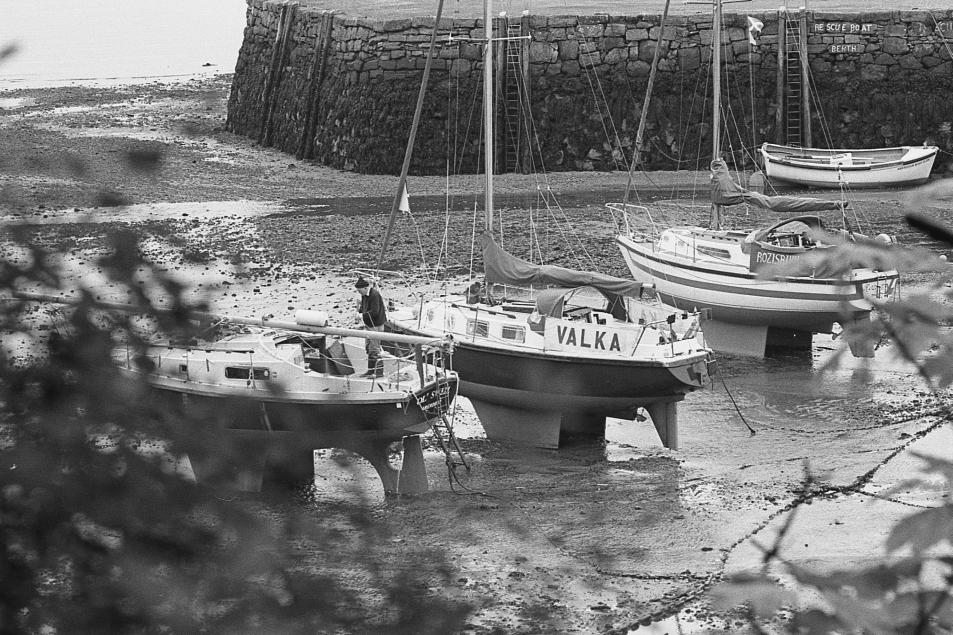 aberdour_boats_01.jpg